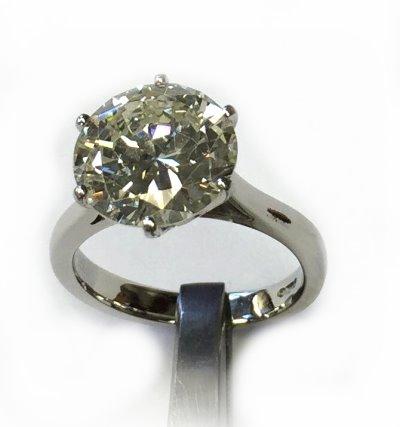 Sell My Diamond Ring Glasgow